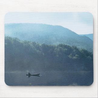 Pesca no lago New Hampshire Mousepad Saco