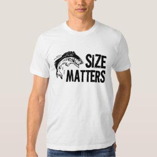 Pescador engraçado - matérias do tamanho! camiseta
