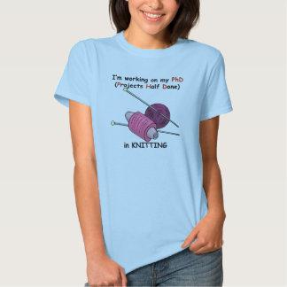 PhD na confecção de malhas T-shirts