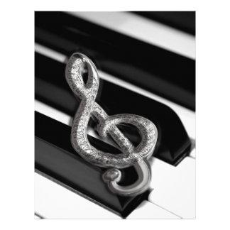 Piano com funcionarios Gclef do símbolo de música Papéis De Carta Personalizados