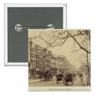 Piccadilly que enfrenta o leste, (foto do sepia) bóton quadrado 5.08cm