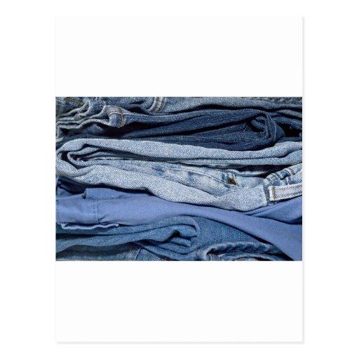 pilha de jeans da sarja de Nimes Cartoes Postais