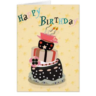 Pilha do bolo dos cartões do feliz aniversario