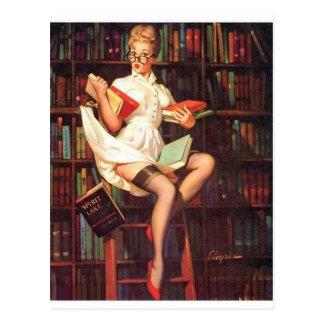 Pin do bibliotecário acima cartão postal