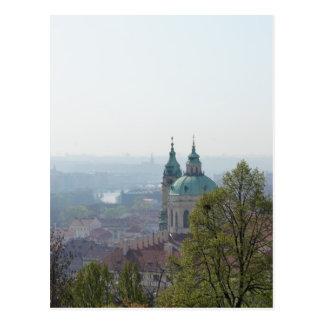 Pináculos da igreja cartão postal
