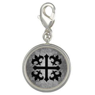 Pingente Cruz medieval do símbolo