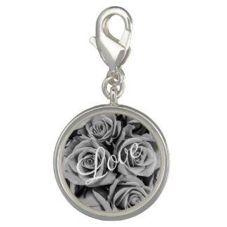 Pingente Encanto monocromático do amor dos rosas