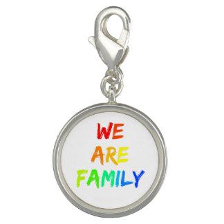 Pingente Nós somos adopção do arco-íris da família,