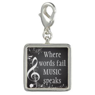 Pingente Onde a música da falha das palavras fala inspirado