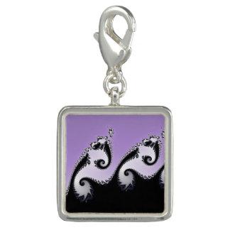 Pingentes Com Foto Fractal. violeta, branco e preto