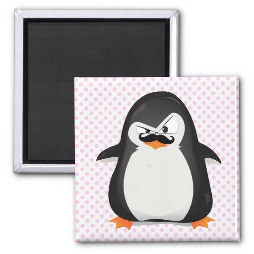 Pinguim branco preto bonito e bigode engraçado imã