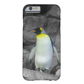 Pinguim de imperador capa barely there para iPhone 6