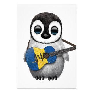 Pinguim do bebê que joga a guitarra da bandeira de convites personalizados