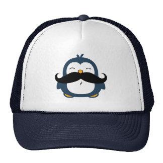 Pinguim do bigode boné