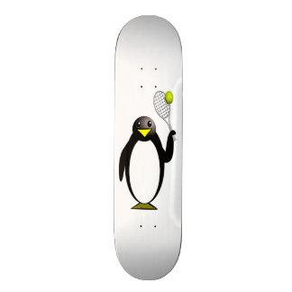 Pinguim dos desenhos animados que joga o tênis shape de skate 20,6cm