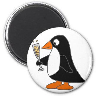 Pinguim engraçado com Champagne Imã