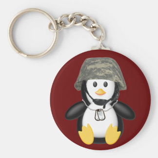 Pinguim protegido com capacete chaveiro