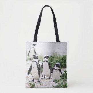 Pinguins na praia bolsa tote
