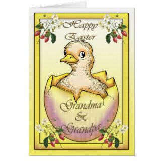 Pintinho do felz pascoa com ovo, para avós cartão comemorativo