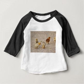 Pintinhos #2 camiseta para bebê