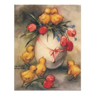 Pintinhos da páscoa do vintage com tulipas vermelh convites personalizados