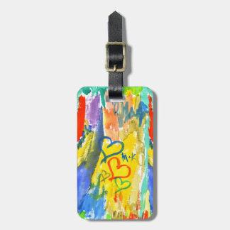 Pintura aleatória colorida dos corações abstratos etiqueta de bagagem