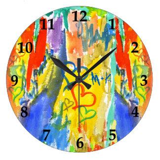 Pintura aleatória colorida dos corações abstratos relógio grande
