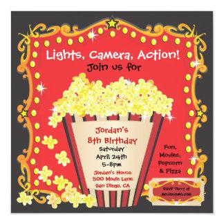 Pipoca e um convite de aniversário do filme