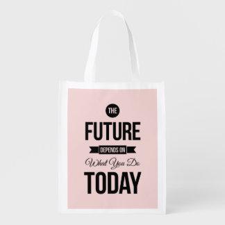 Pique as citações sábias futuras das palavras sacola ecológica