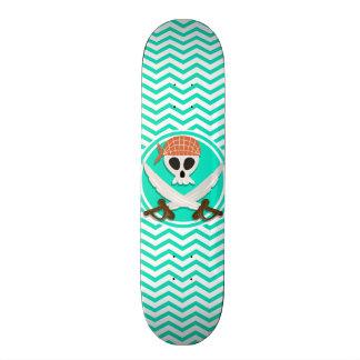 Pirata bonito; Aqua Chevron verde Skates
