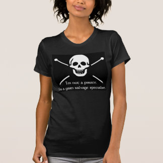 Pirata do fio t-shirts