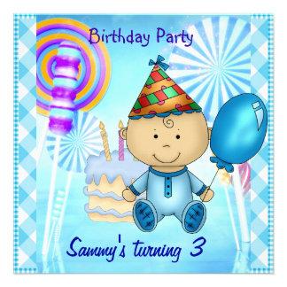 Pirulitos do azul do aniversário de 3 anos do meni convite personalizado