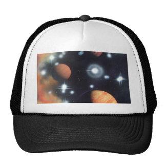 planetas e estrelas no espaço boné