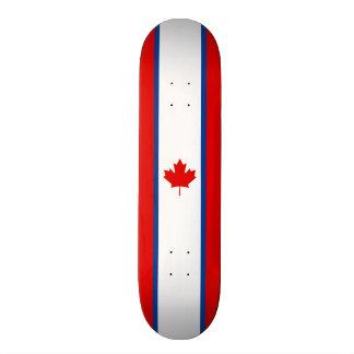Plataforma canadense do skate da bandeira da