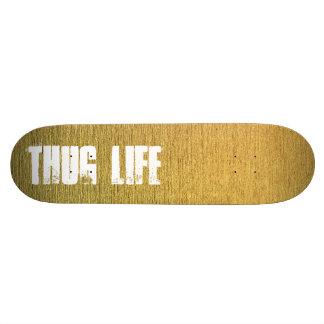 Plataforma dourada customizável do skate com texto