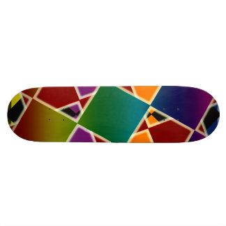 Plataforma esquadrada colorida telhada do skate