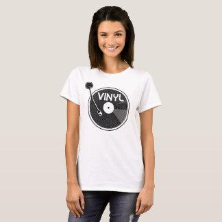 Plataforma giratória do registro de vinil preto e camiseta