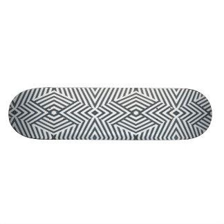 Plataforma preto e branco geométrica do skate dos