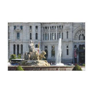 Plaza de Cibeles, Madrid esticou o impressão das