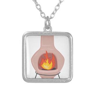 Poço do fogo colar banhado a prata