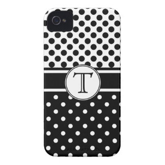 Polkadots preto e branco com monograma capinhas iPhone 4