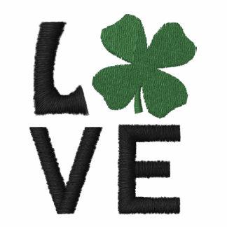 Pólo bordado do irlandês do amor