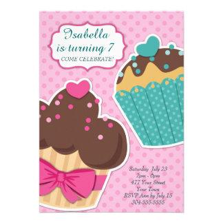 Polvilhe o partido do cupcake convites