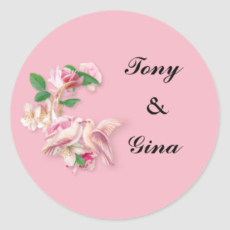 Pombas de beijo cor-de-rosa que Wedding etiquetas