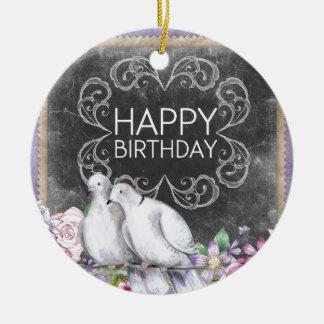 Pombas do feliz aniversario ornamento de cerâmica