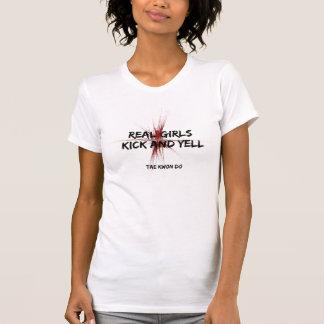 Pontapé das meninas e grito reais Taekwondo Camiseta