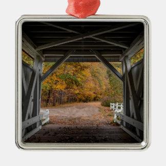 Ponte coberta da estrada de Everatt Ornamento De Metal