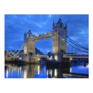 Ponte de Londres no cartão da noite