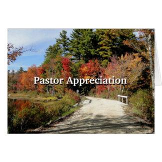 Ponte rural na escritura da apreciação do pastor cartão comemorativo
