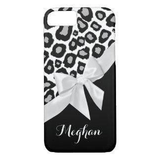 Pontos do leopardo e arco do branco com nome capa iPhone 7